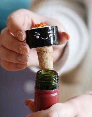 Lisa Angel Maki Sushi Roll Bottle Stopper in Black