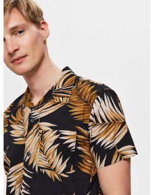 Selected Homme Avi Resort Shirt in Black
