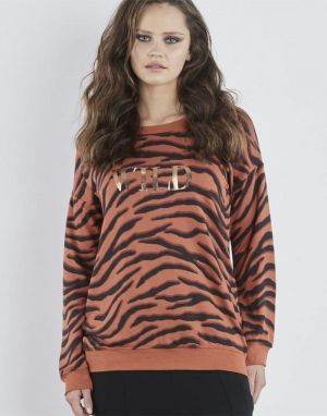 Sundae Tee Tina Wild Tiger Sweat in Tobacco