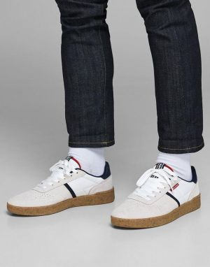 jack and jones hunter suede trainers in white
