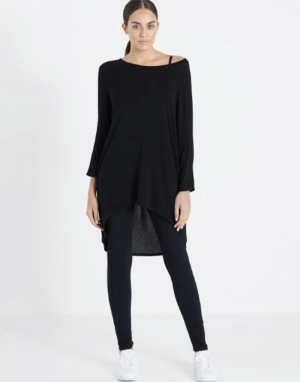 Postcard from Brighton Flirty Dipped Hem Top in Black