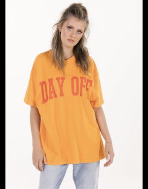 Sundae Tee Day Off T-shirt in Orange