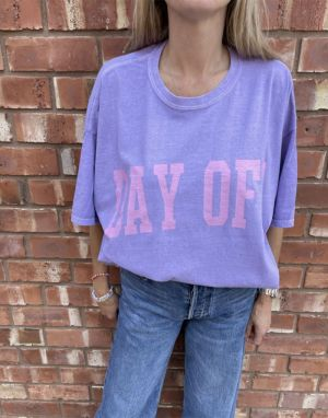 Sundae Tee Day Off T-shirt in Purple Lilac